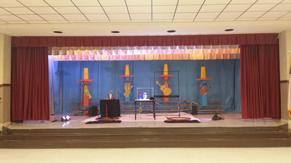 """De Leon Elementary's """"A Fiesta of Learning"""""""