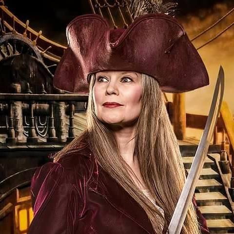 Captain Kristina 2